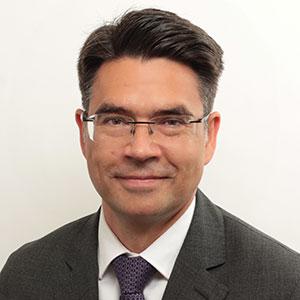 Portrait Dr. Dirk Schumacher